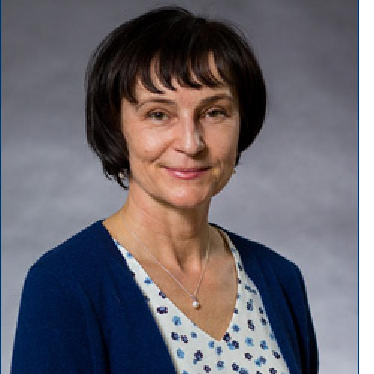 Dr.  Beata  Batorowicz