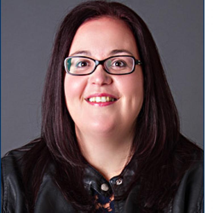 Dr.  Trisha  Parsons